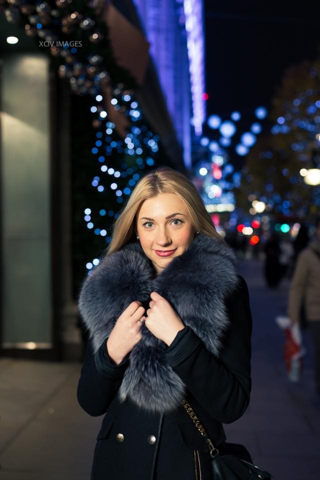coat with fur collar