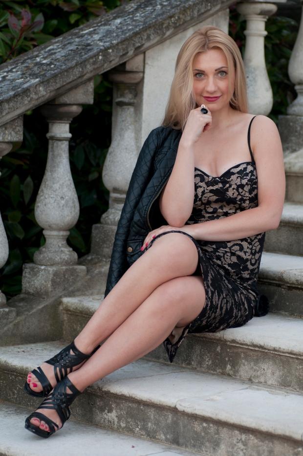 lace dress 16